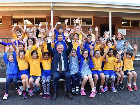 Anthony Albanese & Marrickville Public students